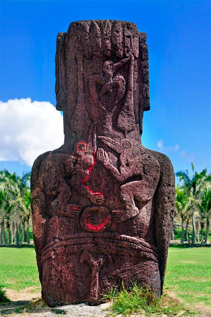 A Birdman cult carving on the back of a Moai stone monolith on Easter Island. (thakala / Adobe stock)
