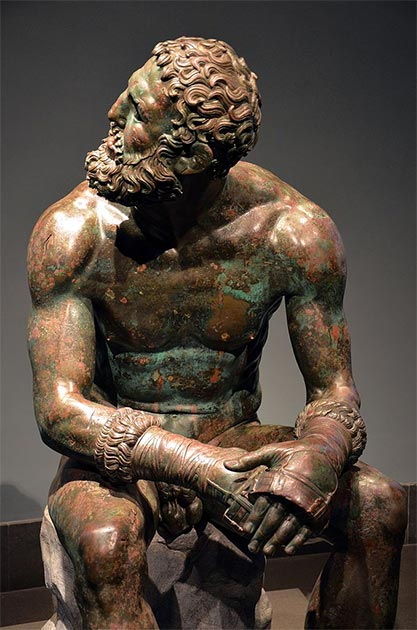 The 'Boxer at Rest' is an example of the realism of Hellenistic bronze sculpture. (Butko / CC BY-SA 2.0)