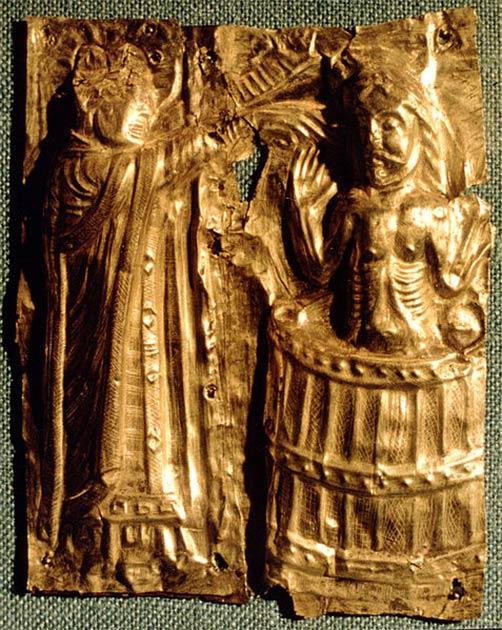 El bautismo de Harald Bluetooth. Detalle de la fuente bautismal de circa 1100 en Tamdrup Kirke, Dinamarca. (Sven Rosborn / CC BY-SA)