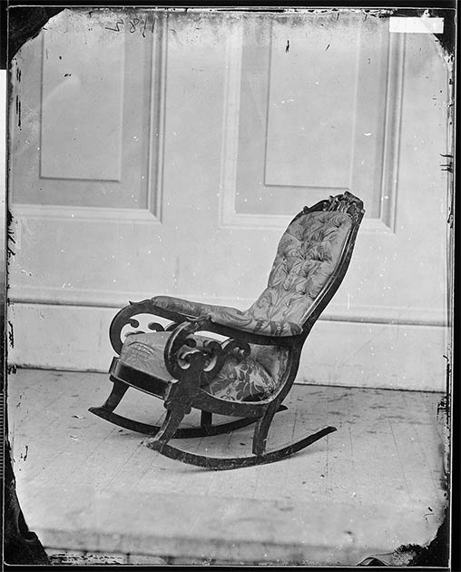 Artifacts related to Abraham Lincoln have been important to collectors since his death. In 2015, a year marking 150 years since his assassination, there was a flurry of activity with museums across North America exhibiting artifacts in interesting new ways. In the image we can see the chair in which President Lincoln was sitting when shot at Ford's Theatre in 1865. (Public domain)