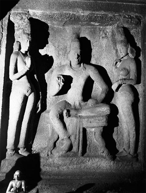 A portrait in stone of the first known ruler of the Pallava dynasty, Simhavishnu. (Dr. Michael Rabe / CC BY-SA 3.0)