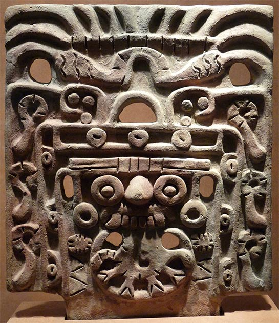 Face mask of Tlaloc or the Storm God on display at the National Museum of Anthropology and History, Mexico City. (El Comandante / CC BY-SA 3.0)