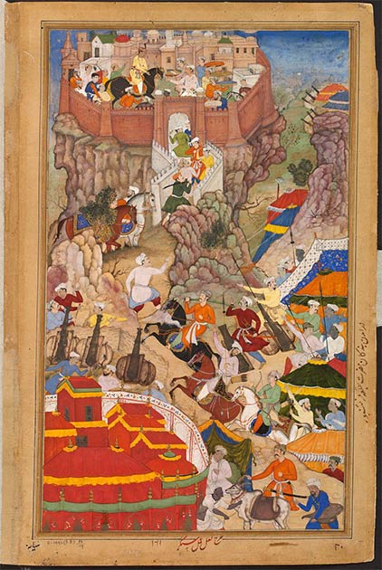 Left: Bullocks dragging siege-guns up hill during Akbar's attack on Ranthambhor Fort in 1568. (Public domain) Right: Akbar's entry into the fort of Ranthambhor in 1569 after the submission of the Rajput. (Public domain)