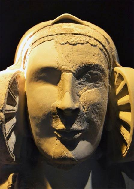 For now, the local archaeological interpretation center in Baza has this reproduction of the Lady of Baza on display. (Centro de Interpretación de Yacimientos Arqueológicos de Baza)