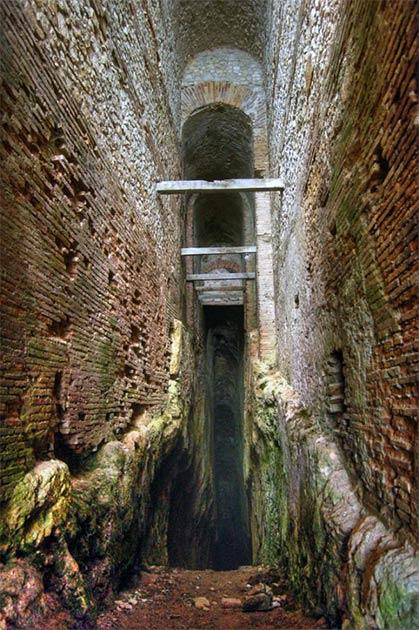 Major Roman tunnel on Mount Salviano. (Claudio Parente/CC BY SA 4.0)
