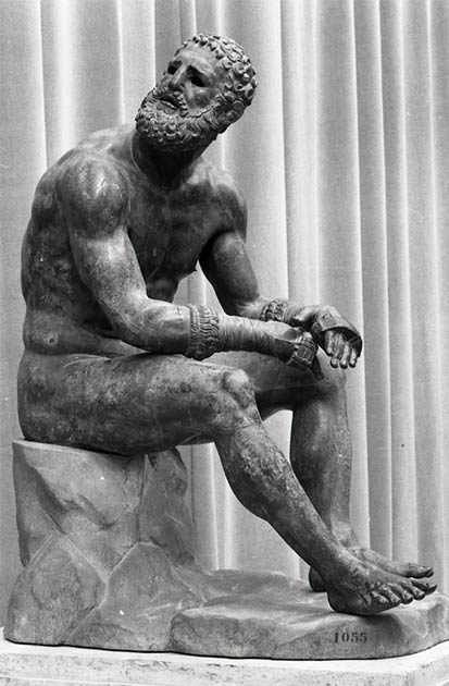 Wrestling and boxing were valued sports during the ancient Olympic games. The bronze Boxer at Rest or the Boxer of the Quirinal, is a Hellenistic Greek sculpture of a nude resting boxer excavated in Rome. (Paolo Monti / CC BY-SA 4.0)