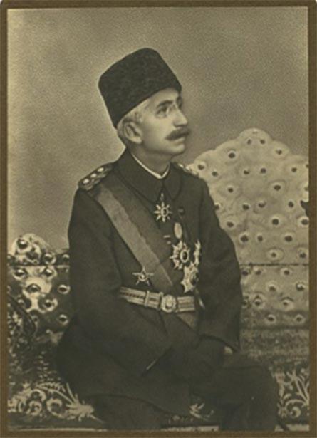c. 1920 photograph of Sultan Mehmet VI, the last sultan of the Ottoman Empire. Restored by Adam Cuerden. (Public Domain)