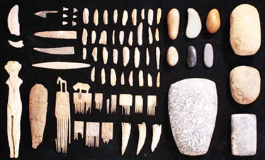 Ivory combs, tools, blades and arrowheads