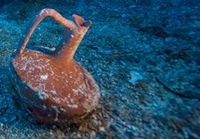 lagynos ceramic jug - Exploración sin precedentes de Anticitera naufragio arroja nuevos tesoros