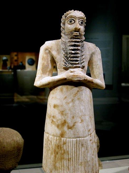 Standing male worshipper, Tell Asmar votive sculpture, 2750–2600 BC.