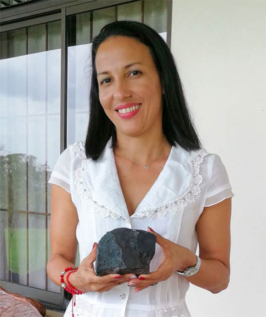 Marcia Campos Muñoz held off selling her largest meteorite chunk, even as its value surpassed that of gold. (Andrea Solano Benavides / AAAS)