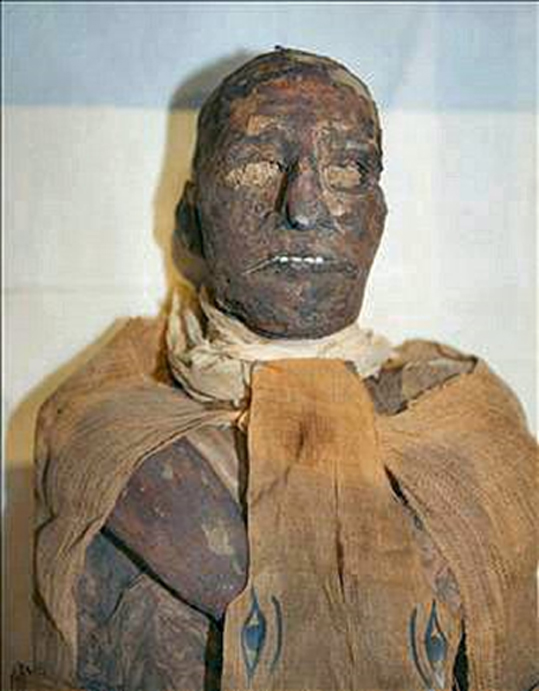 The mummy of pharaoh Ramesses III.