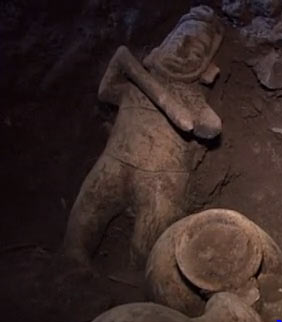 Pre-Hispanic shaft tomb uncovered in Mexico