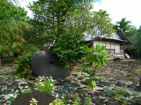 A rai money stone on Yap
