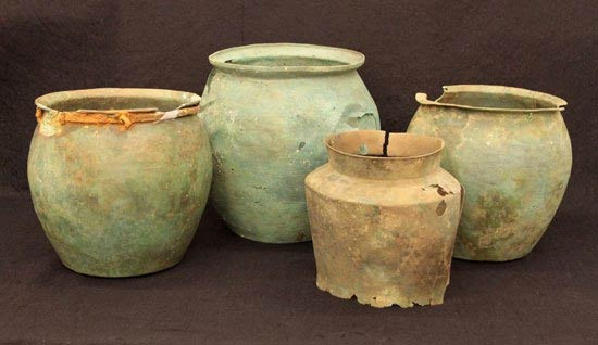Roman and Etruscan buckets