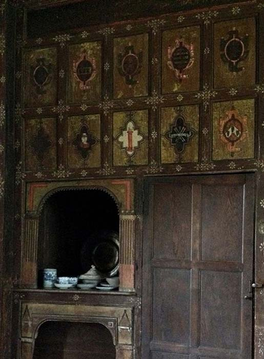 The secret room at Cannons Ashby. Dating from around 1604, it is decorated with Rosicrucian symbolism and the emblems of those who met here.