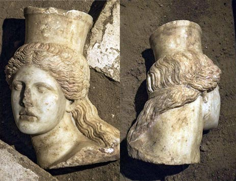One of the sphinx heads has now been found in the Amphipolis Tomb