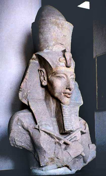 Fragment of a statue of Akhenaten. Egyptian Museum, Cairo.