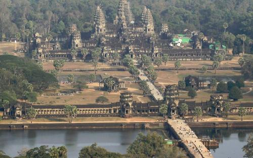 Aerial view of Angkor Wat	(CC BY-SA 3.0)