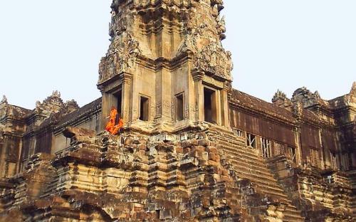 A tower of Angkor Wat. (CC BY-SA 3.0)