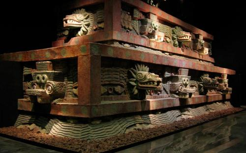 Restored portion of Teotihucan architecture showing the typical Mesoamerican use of red paint complemented on gold and jade decoration upon marble and granite. (CC BY-SA 2.0)
