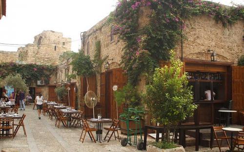 The old souk in Byblos, Lebanon (Public Domain)