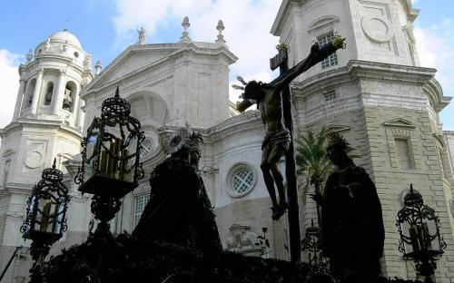 Easter in Cádiz(CC BY-SA 3.0)