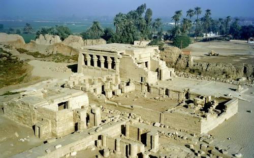 General view of Dendera Temple complex (CC BY-SA 3.0)