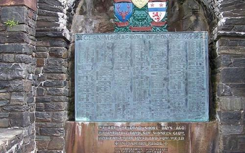 Clan MacRae Roll of Honour inside Eilean Donan Castle grounds, added during the restoration. (CC BY-SA 3.0)