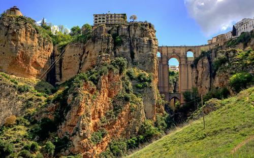 Puente Nuevo in the Ronda village, Andalucía, Spain (CC BY 2.0)