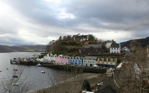 Portree, Skye's largest settlement (CC BY 2.0)