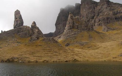 Rock pinnacles of The Storr, which feature in some of the opening scenes in the film Prometheus ( John Allan Needle Rock at the Storr. The needle rock is the big pinnacle just right of centre, sitting below the cliffs of the Storr itself. The pinnacle on the left is the Old Man of Storr, in NG5053. The water in the foreground is part of 779855, trapped in a hollow in the extreme landslip terrain. (CC BY-SA 2.0)