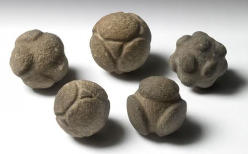 Carved stone balls from Scotland (Source: ashmolean.org)