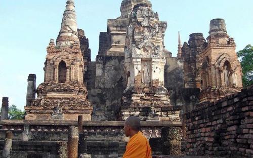 Wat Mahathat. Sukhothai Thailand. (CC BY-SA 3.0)