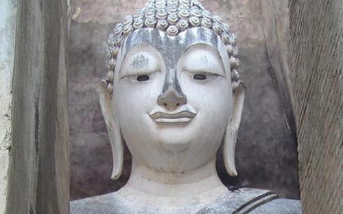 Phra Achana, Wat Si Chum, Sukhothai Historical Park(Public Domain)