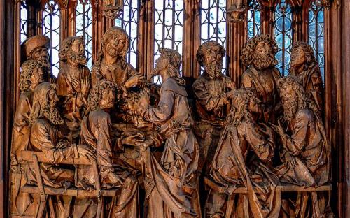 The Holy Blood reredos in the town church of St. James, made from 1500 to 1505 (CC BY-SA 3.0)