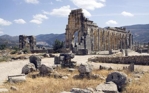 Exterior of the Basilica at Volubilis (CC BY-SA 3.0)