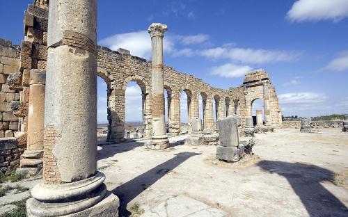 Interior of the Basilica (CC BY-SA 3.0)