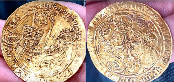 12 exceptionally rare coins were part of the Hambleden Hoard find. (paul cee/ YouTube)