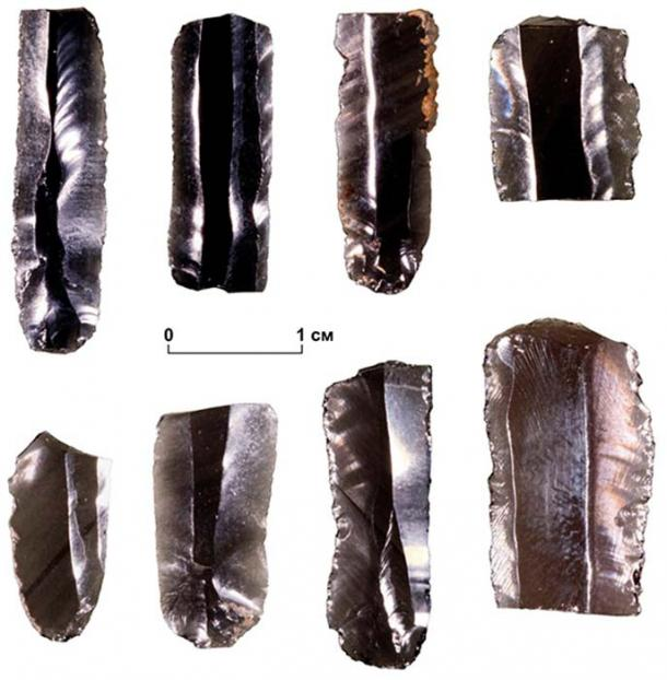 14 obsidian implements from the Zhokhov site were analysed to identify their provenance. Image: Elena Pavlova