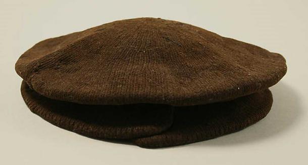 16th century British wool cap