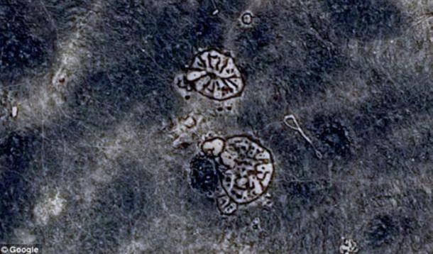 """Los dos """"ruedas"""" del Desierto Negro que fueron creado hace 8.500 años."""
