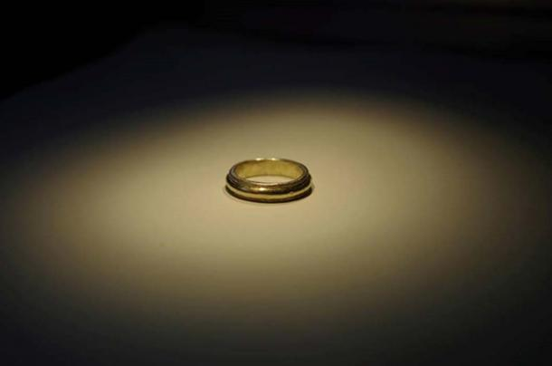 A gold ring previously found at Sandby Borg