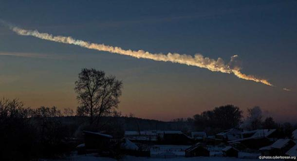 A huge meteor flew over the Urals in Russia early in the morning of 02/15/2013. The fireball exploded above Chelyabinsk city that caused damages of buildings and hundreds of people were injured. (Alex Alishevskikh/CC BY SA 2.0)