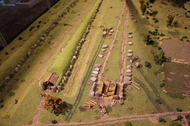 A model of a nearby neolithic burial site with megalithic tombs under construction. (Image: Krzysztof Gorczyca, Konin Museum)