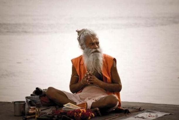 A sadhu by the Ghats on the Ganges, Varanasi. (CC BY 2.0)
