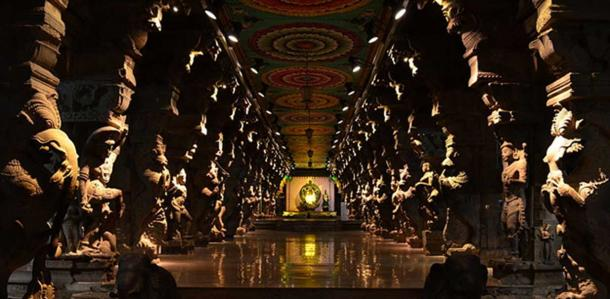 A section of the Thousand Pillar Hall in the Meenakshi Amman Temple.