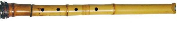 A shakuhachi (尺八), a Japanese bamboo flute, blowing edge up. (Public Domain)