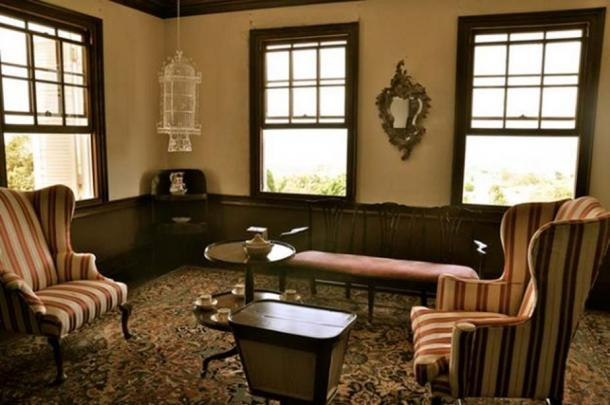 A sitting room with an allegedly 'haunted mirror' inside the Rose Hall Great House.