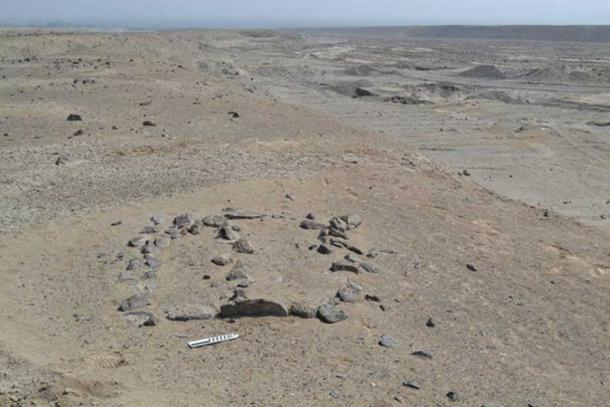 A small geoglyph in the Chincha pampa with the center line defining the June solstice. Charles Stanish, CC BY-ND